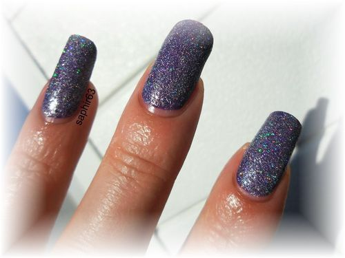 glistening-snow-nails-papillons--2-.JPG