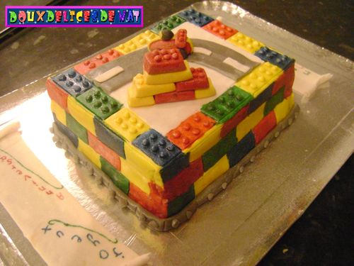 Gateau-lego--3-.JPG