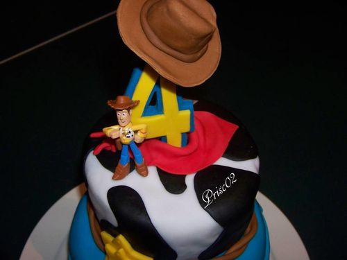 Gateau anniversaire Woody Toy Story5