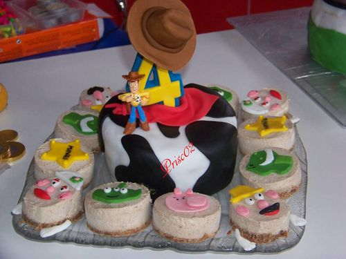 Gateaux individuels personnages Toy Story10