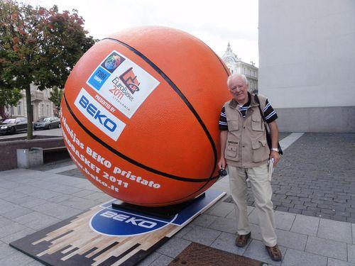 ballon-de-basket-geant.jpg