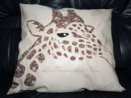 Coussin girafe
