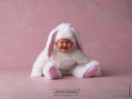 Cute Smiling Bunny Baby-565432