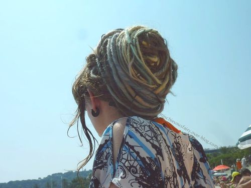dreads synthetiques chatain platine turquoise gris1