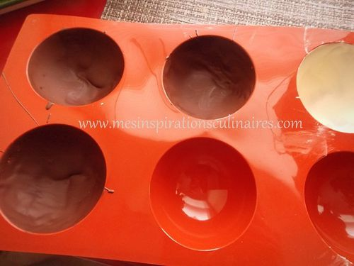 dome mousse au chocolat coeur caramel coulant le blog cuisine de samar. Black Bedroom Furniture Sets. Home Design Ideas