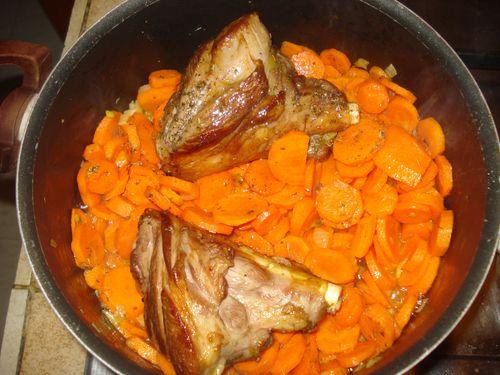 Souris d'agneau aux carottes fondantes 3