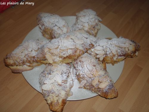 croissants-amandes-copie-1.JPG