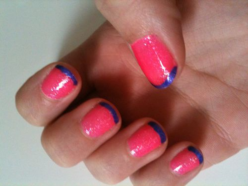 nail-art-french-rose-fluo.JPG