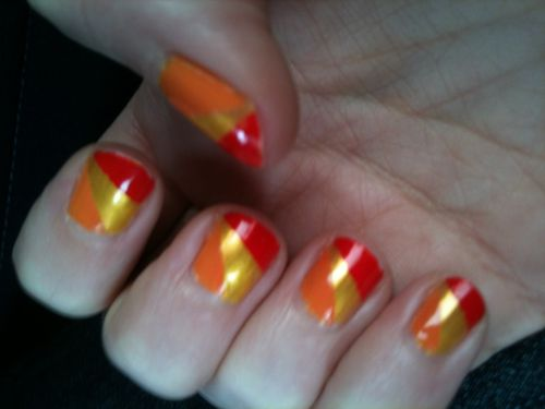 ongles-tricolore.JPG