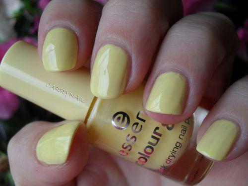Essence Mellow Yellow