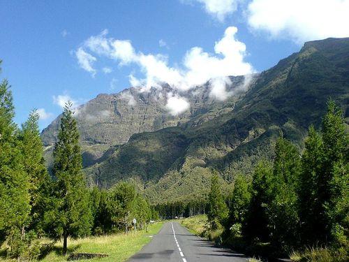 Réunion Cilaos route-bras-sec[1]-copie-1