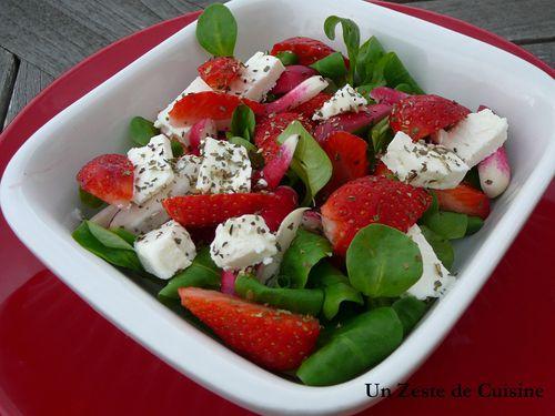 Salade de fraises radis et feta blogs de cuisine - Quand cueillir les radis ...