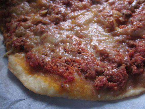 Pizza a la viande haché