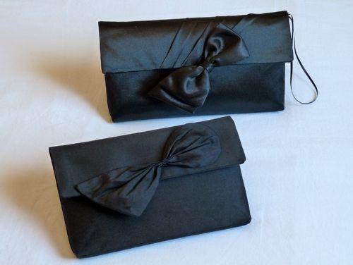 pochettes-noires-caroline--lien--et-marie-Ch-2.JPG