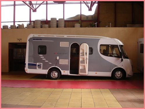 salon du c c et fourgons narbonne 11 aires et sites jetelle camping car. Black Bedroom Furniture Sets. Home Design Ideas