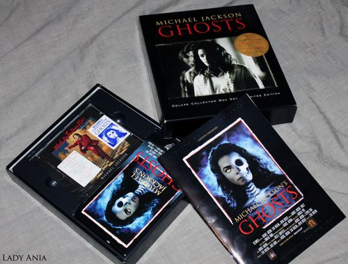 michael jackson ghosts deluxe collector box mediatik. Black Bedroom Furniture Sets. Home Design Ideas