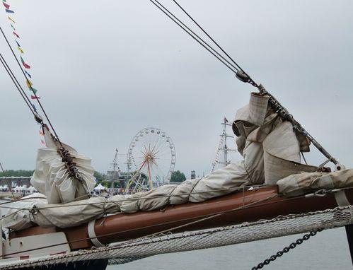 1721-armada.jpg