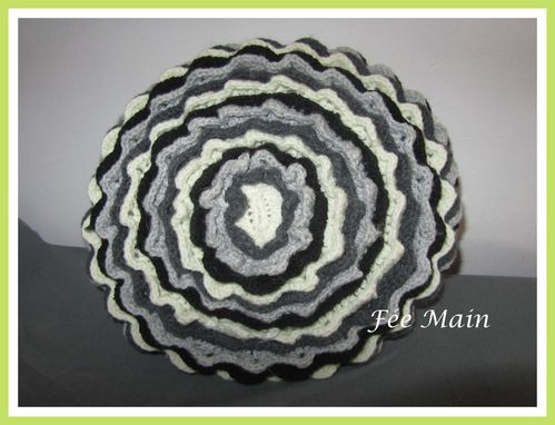 Coussin-Fleur-Noir-Blanc-2.JPG