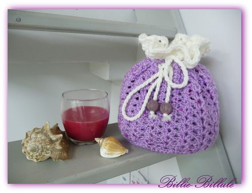 http://img.over-blog.com/500x384/2/83/47/54/Crochet/2013/pochon-a-gagner1.jpg