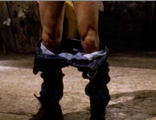 Pantalon-baisse.jpg