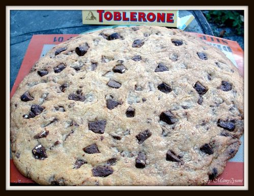 giant-cookie-toblerone-sortie-four