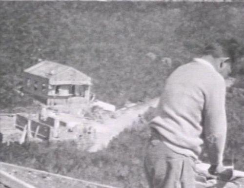 1932e
