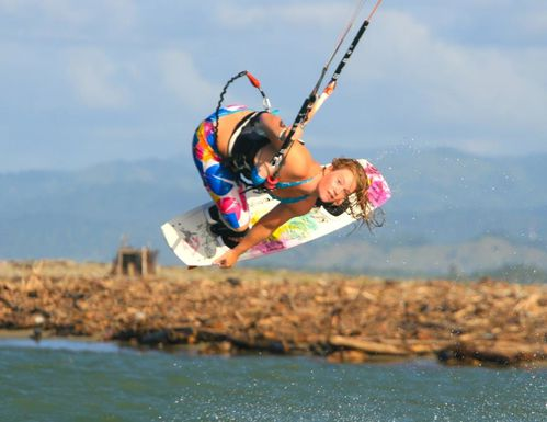 holly-kennedy-kitesurf-4.jpg