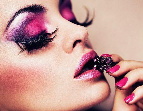 pink,purple,make,up,color,face,fashion-3462210fd3956e59050f