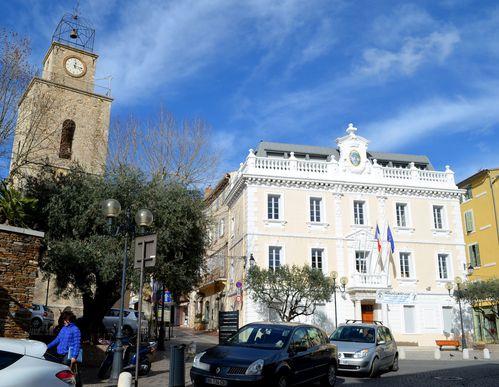 Ollioules-mairie.jpg