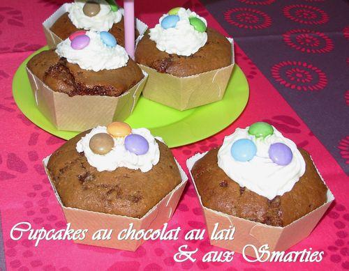 Cupcakes au chocolat au lait & smarties2