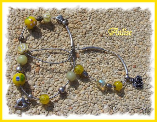 2012_09-23_bracelet-jaune.jpg