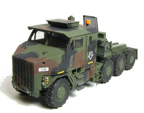 le m1070 het heavy equipment transporter le blog de diorama militaire. Black Bedroom Furniture Sets. Home Design Ideas