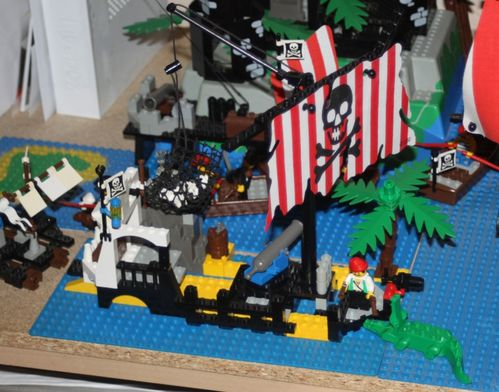 LEGO Pirate 6285 Black Seas Barracuda 24