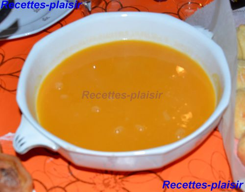 soupe de courge butternut recettes plaisir rpetiteetoile. Black Bedroom Furniture Sets. Home Design Ideas