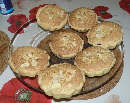 tartelettes  l'amande et  la framboise 1