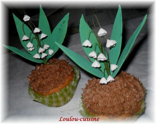 brin-de-muguet-sur-cupcakes3.jpg