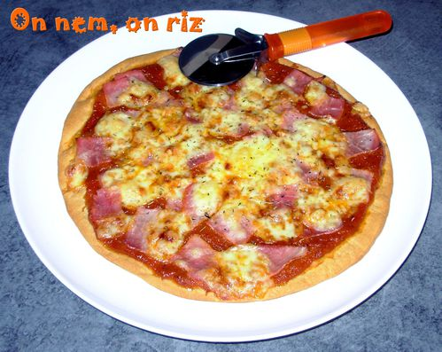 Pizza jambon-cantal1