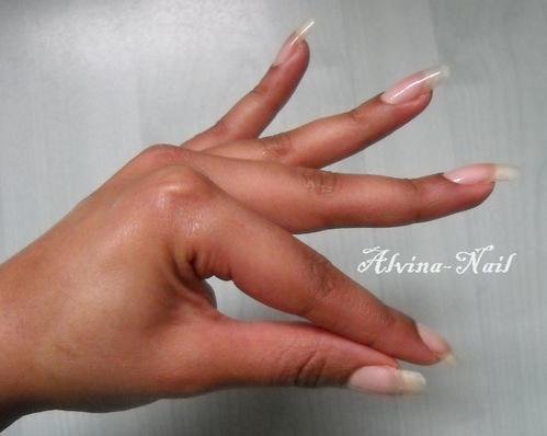 ongle-nus-mars-3--Alvina-Nail.png