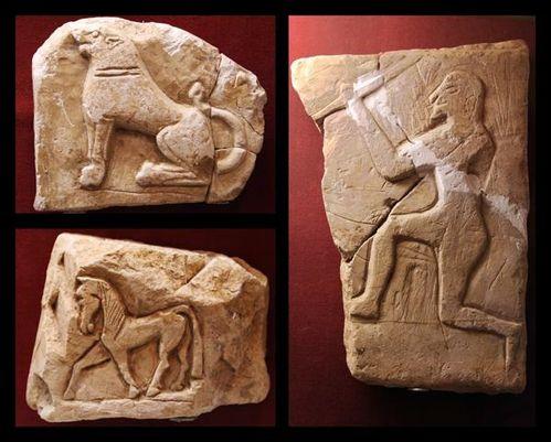 715f1 musée de Sparte, reliefs votifs en calcaire (fin 7e-