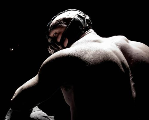 bane-batman-the-dark-knight_700px-copie-2.jpg