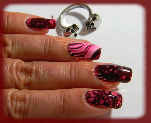 Nail-art--facon-Spotted-et-son-petit-water-marble-3.jpg