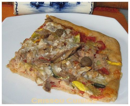 pizza thon, moutarde et courgettes