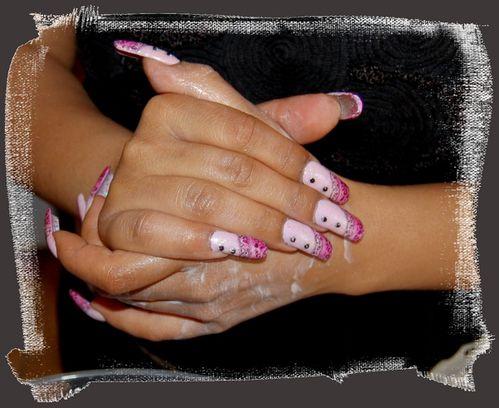 beauté des mains à la fleur de lotus façon Pegg-copie-11