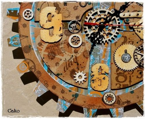 Zoom 4 - Horloge Atilolou