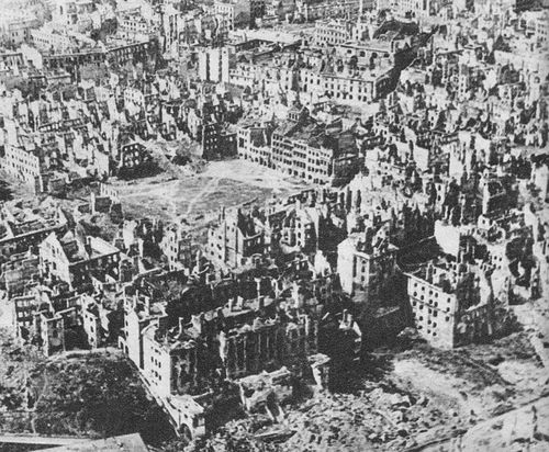 728px-Destroyed_Warsaw-_capital_of_Poland-_January_1945.jpg