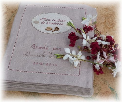 cahier broderie XII h 1
