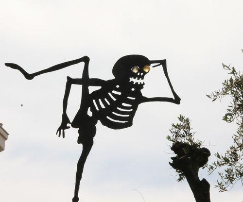 girouette squelette Mougins