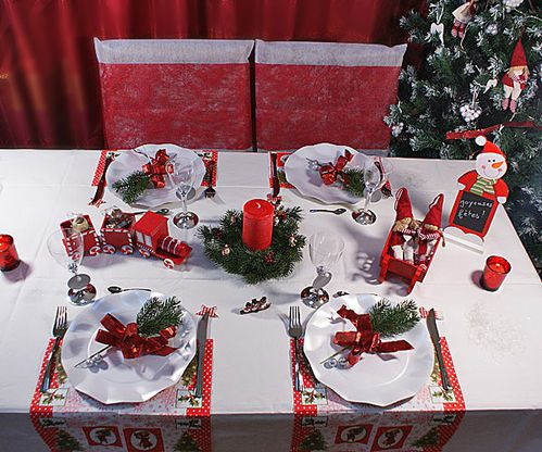 Deco table noel rouge et blanc argent - Table de noel traditionnelle ...