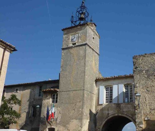 luberon la coste tour et clocher