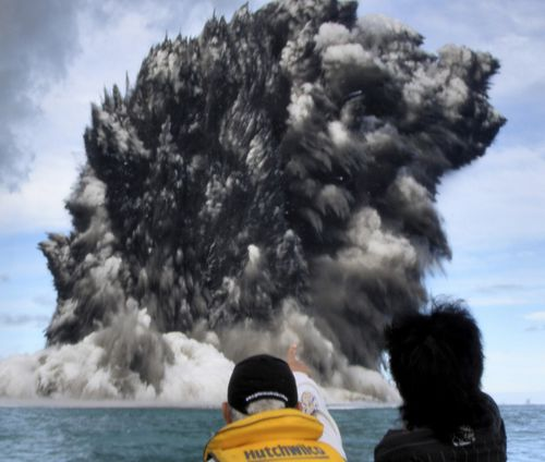 273430-fastest-growth-of-underwater-volcanoes-documented-at.jpg